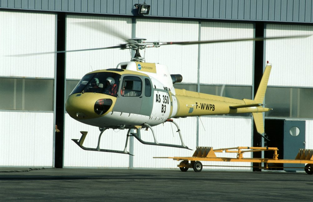 Maiden flight of the AS350 B3 Ecureuil