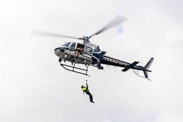 德州DPS空中升降机救援演习