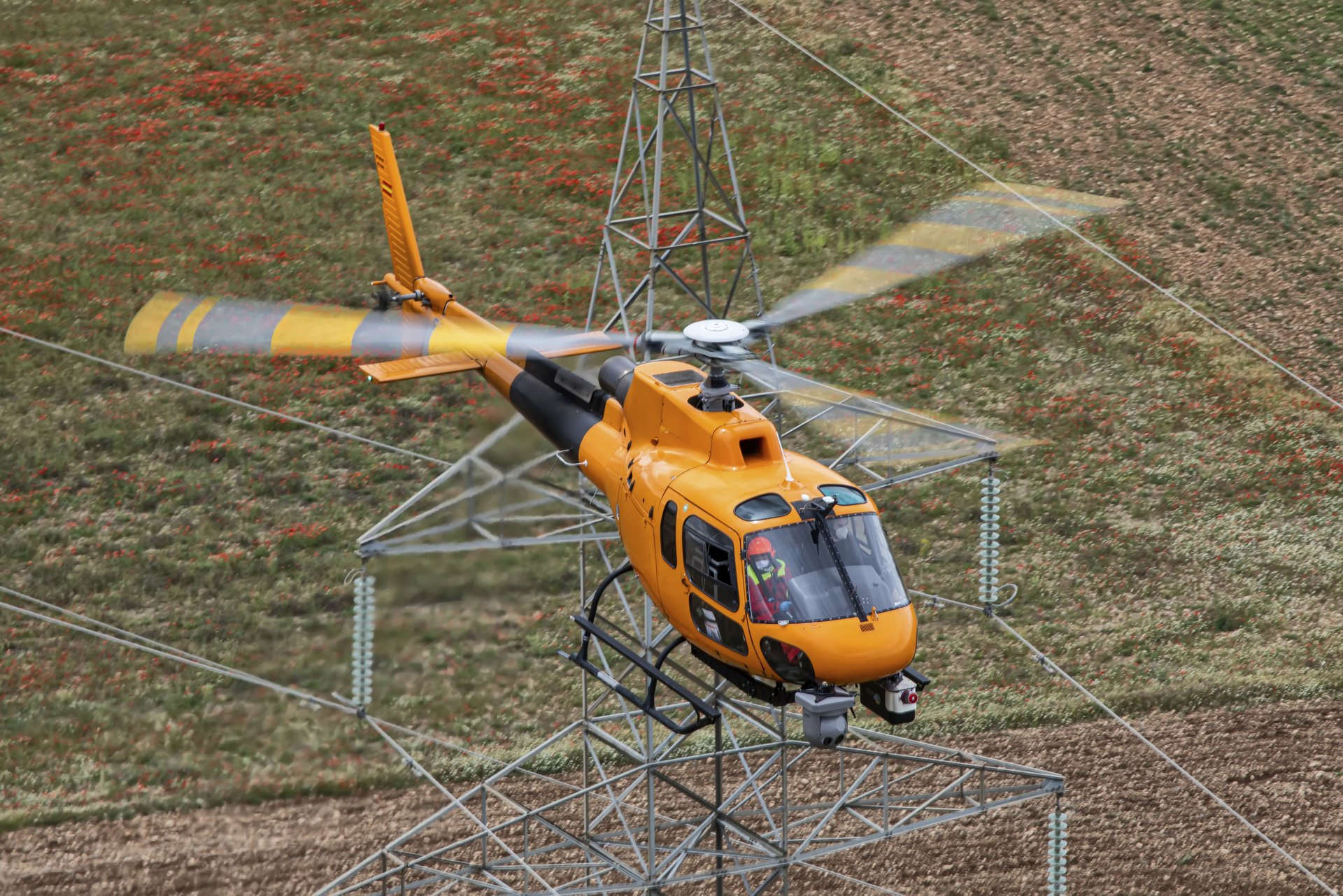 Airbus Helicopters has received EASA certification for the power upgrade of its single-engine H125 helicopter. Announced at Heli-Expo last year, this major evolution increases the aircraft's power by up to 10% by making full use of the available power of Safran Helicopter Engines' Arriel 2D.