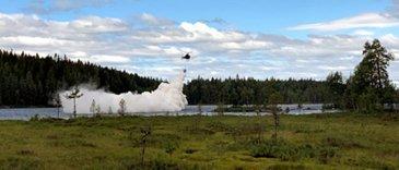 Scandair H125直升机喷洒石灰