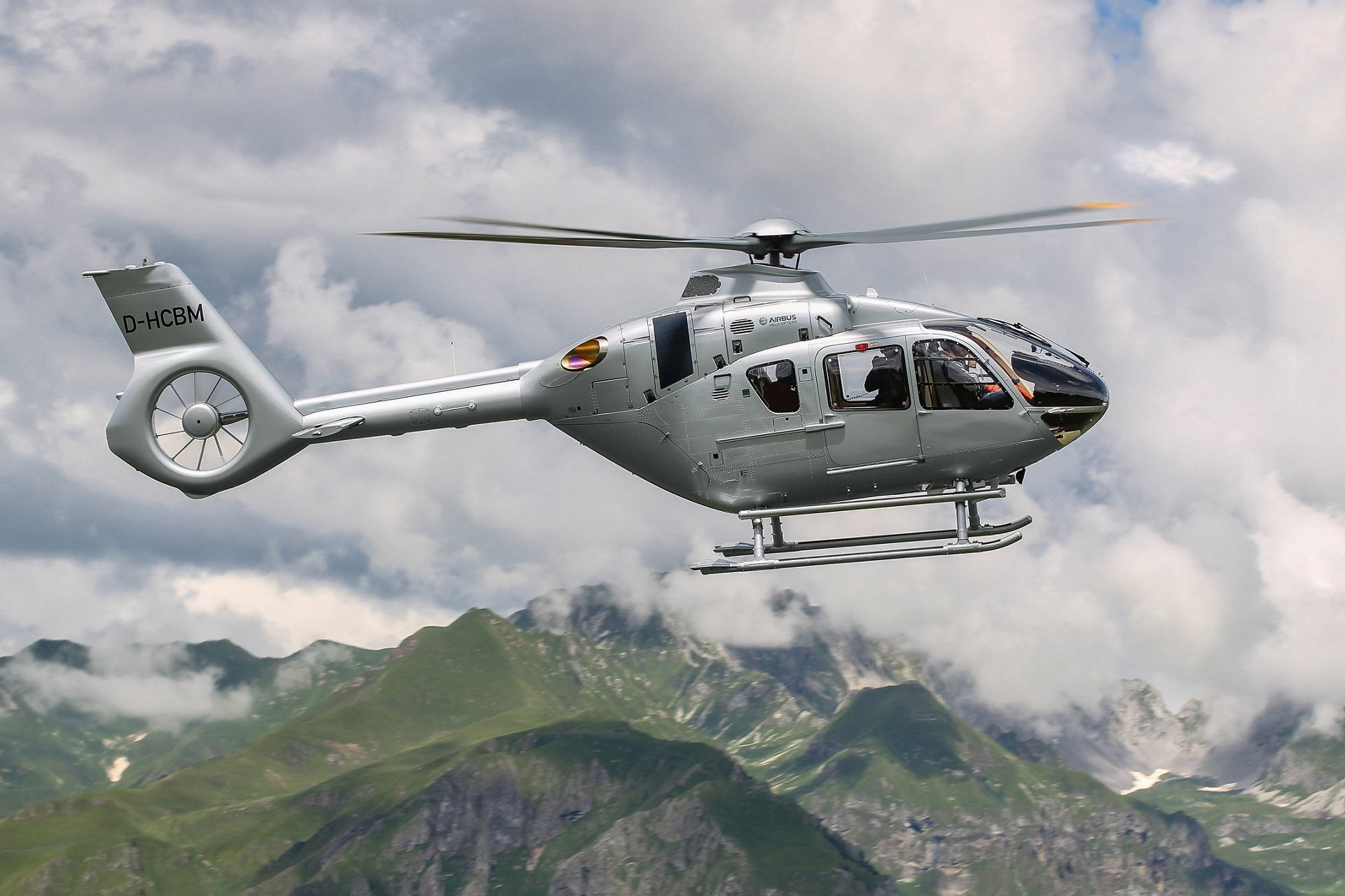Airbus Helicopters celebrates 20th anniversary of the H135 family at Helitech
