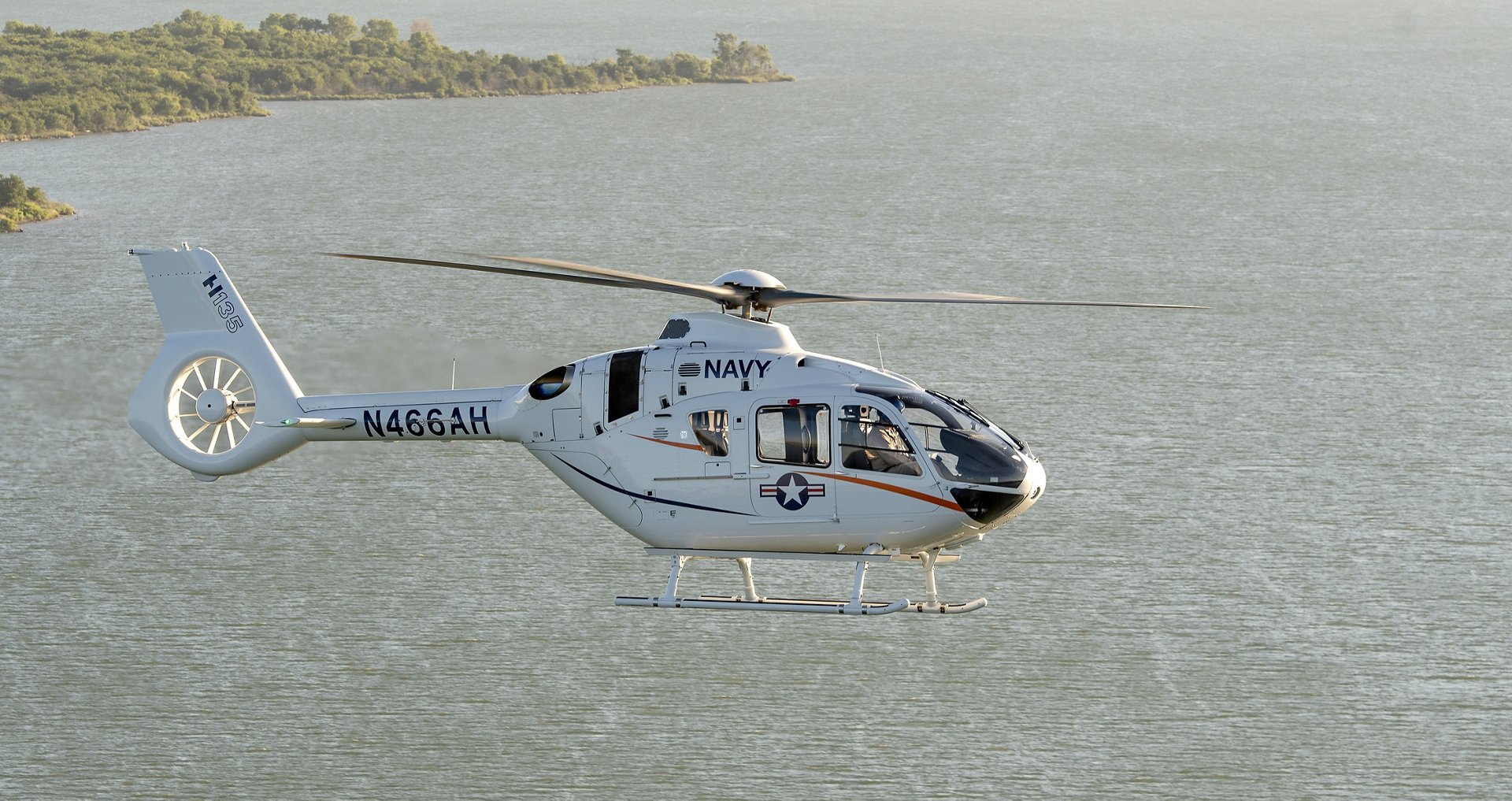 Equipped with the most advanced technologies available like 4-axis autopilot and One Engine Inoperable (OEI) training mode, the FAA Instrument Flight Rules (IFR) Certified H135 provides future aviators with an ideal platform for training missions, a critical discriminator for the Navy as it trains its pilots over water and in reduced visibility.
