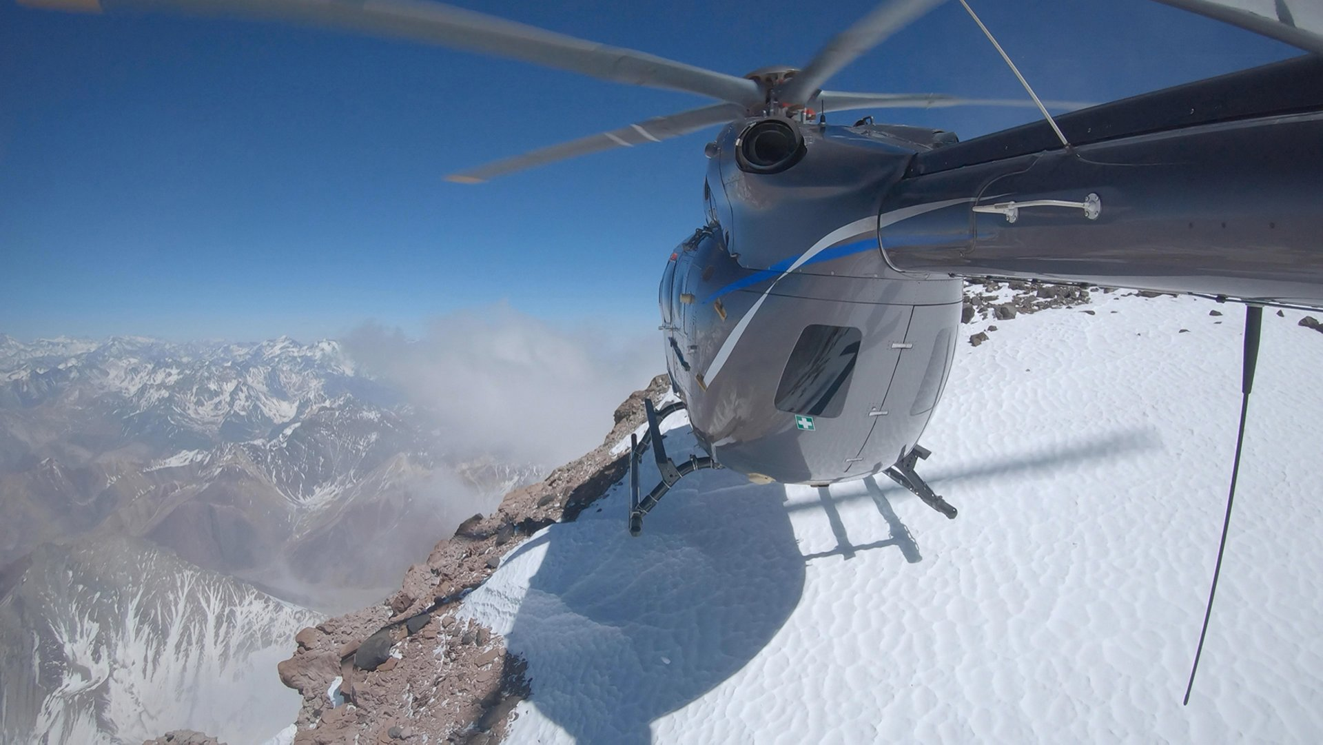The latest version of the H145 has set its skids down on the Aconcagua, the highest mountain in the Southern Hemisphere, culminating at 6,962 metres (22,840 feet). This is the first time a twin-engine helicopter has landed at this altitude, confirming the performance and the extensive flight envelope of the new H145.