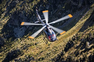H145 / FLIGHT IN THE PYRÉNÉES (FRANCE)