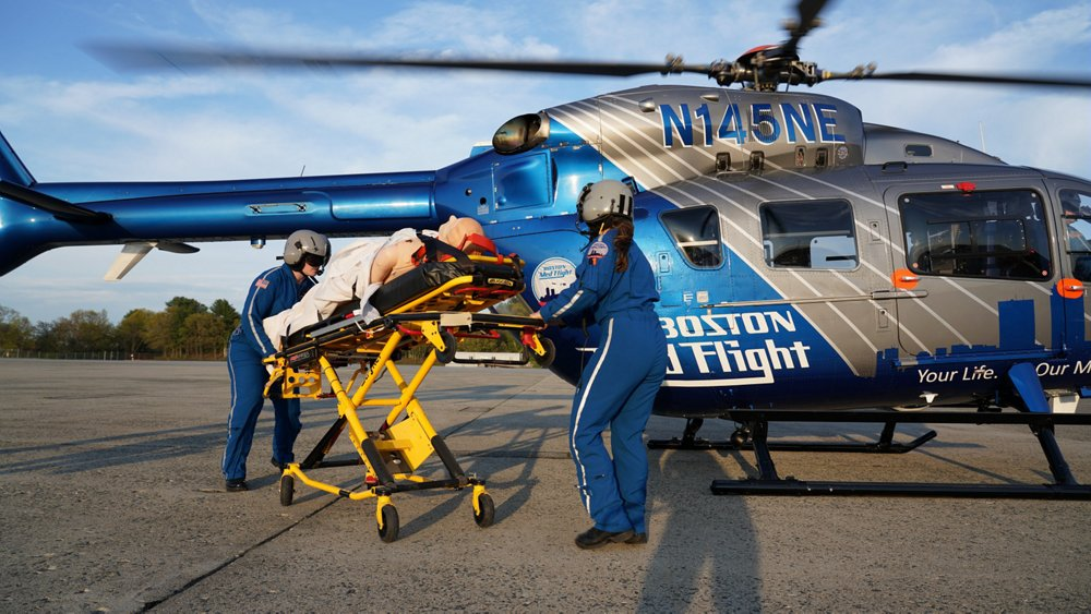 A medical team from non-profit organisation Boston MedFlight transports a patient with an H145 helicopter in Eastern Massachusetts. Boston MedFlight has flown Airbus helicopters since the its founding in 1985. Originally created to rapidly transport patients with life threatening illnesses, Boston MedFlight has evolved into a critical care transport system for critically ill and injured patients in the region.