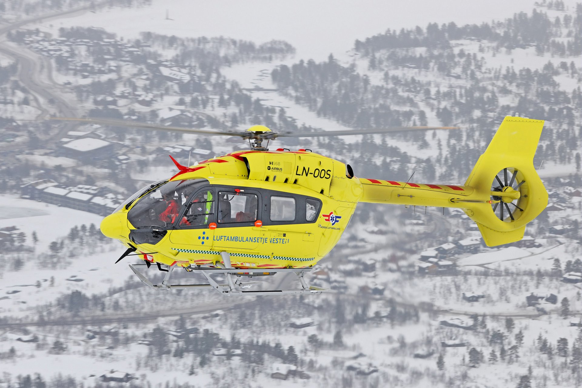 Norwegian Air Ambulance Foundation (NAAF) has become the launch customer in the emergency medical services (EMS) sector for the new H145 helicopter unveiled at the Heli-Expo 2019 exhibition.
