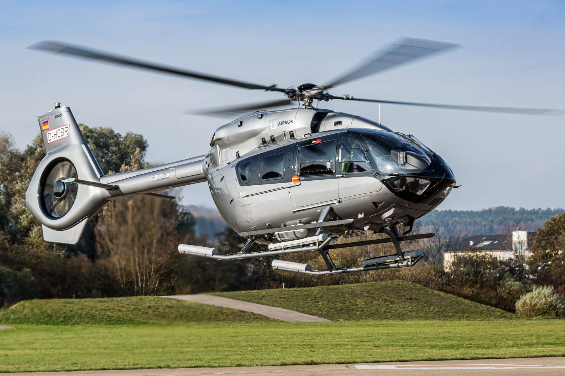 Airlift has taken the delivery of its first H145 helicopter, becoming the first operator of this model in Greece.