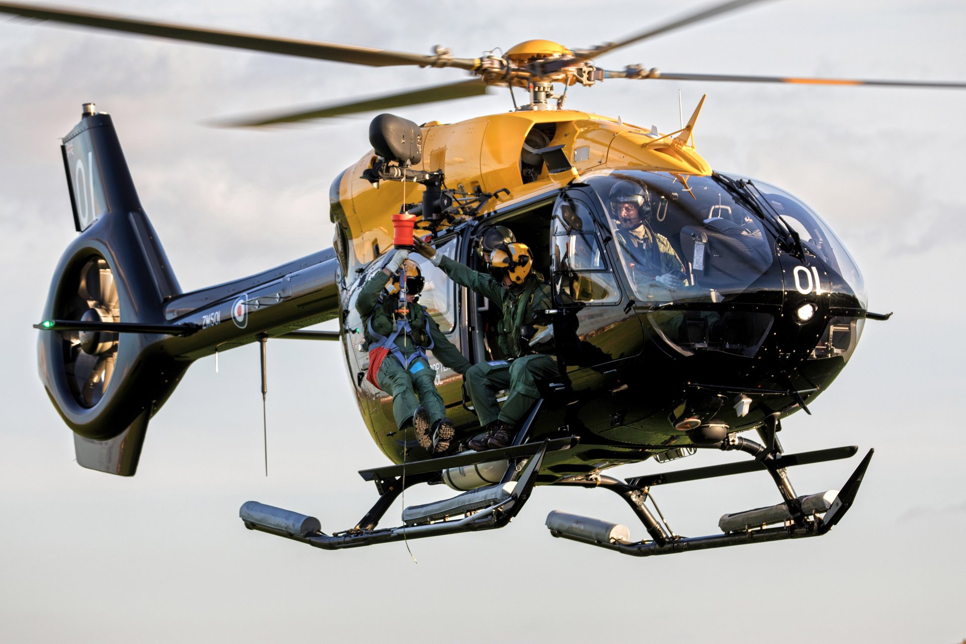 Airbus Helicopters in the UK is to provide four additional H145 helicopters as part of an expansion of the UK Military Flight Training System (UKMFTS).
