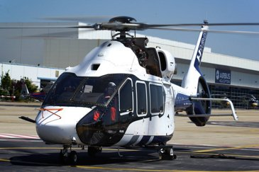 H160 prototype unveiled in presence of French Prime Minister