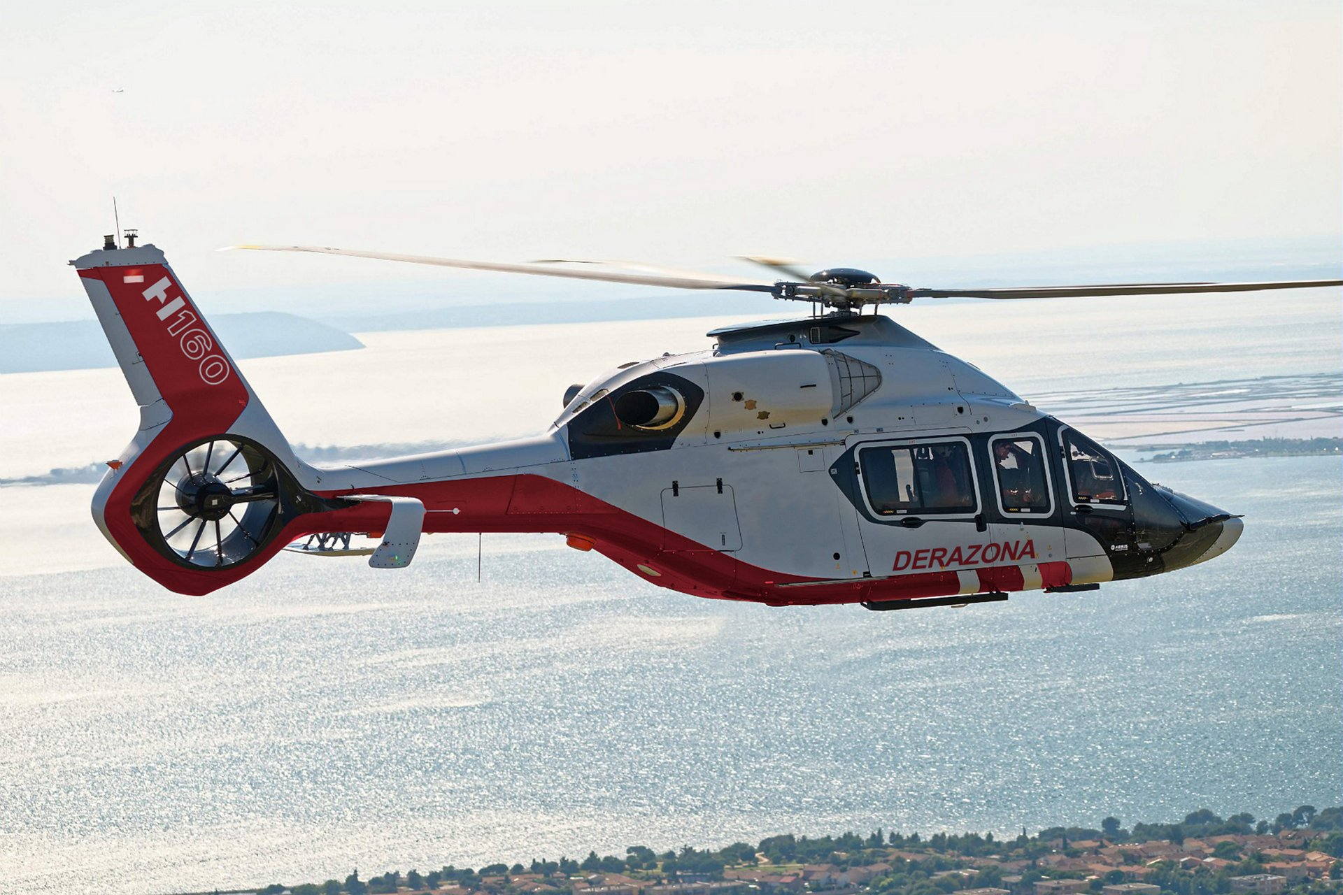 Airbus Helicopters has secured an H160 order from Derazona Helicopters in Indonesia, launching this new rotorcraft in the country's oil and gas sector.