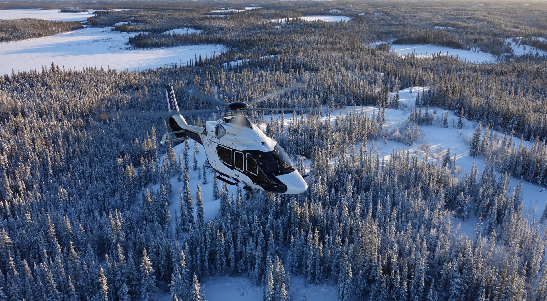 Airbus has signed an order for an ACH160 with an undisclosed Canadian customer.  The customer, who has vast experience in corporate aviation, has opted for the aircraft to be delivered with a custom-made interior.