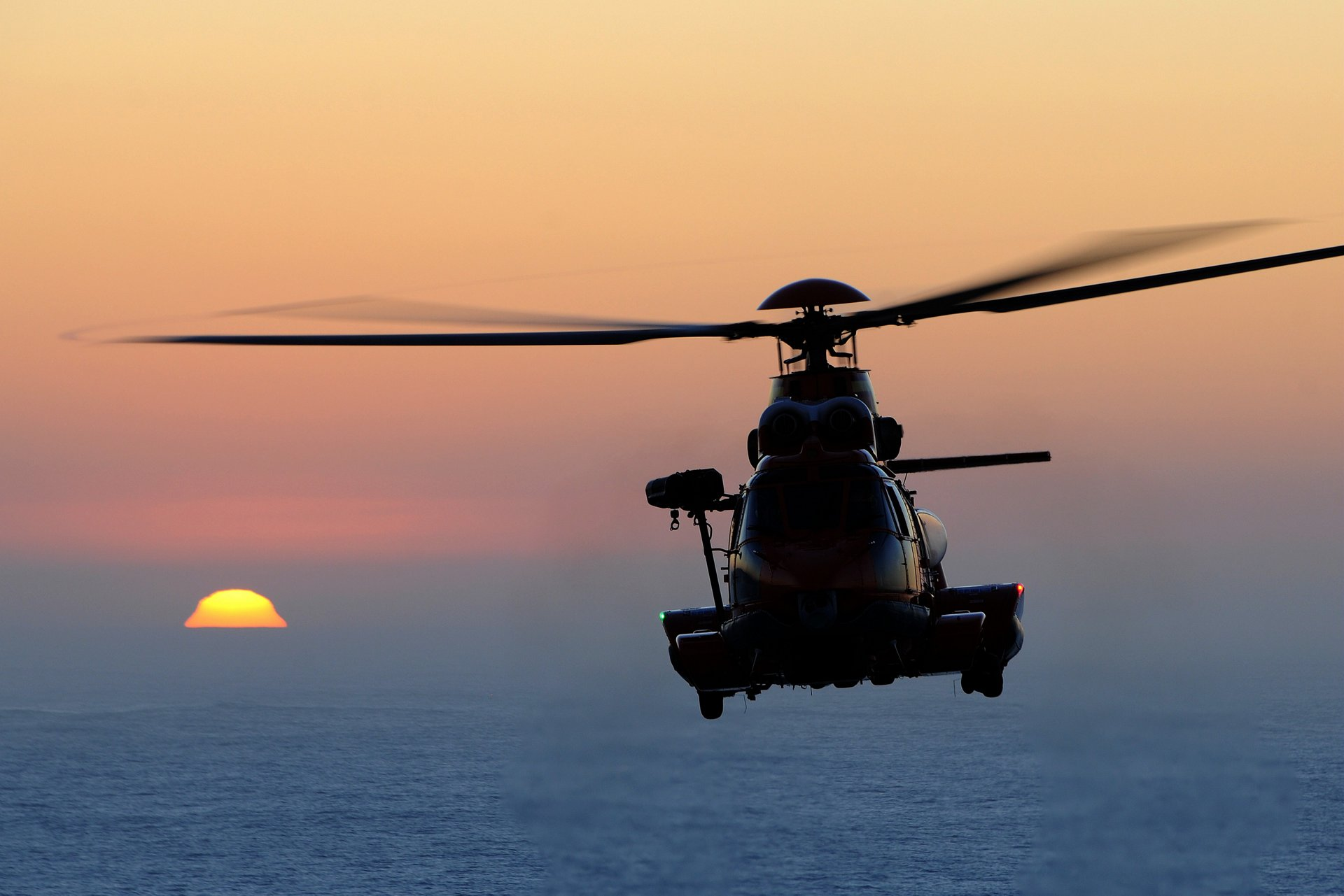 Air Greenland has ordered two Airbus H225 heavy helicopters to support its bid to win its home country's search and rescue (SAR) contract.