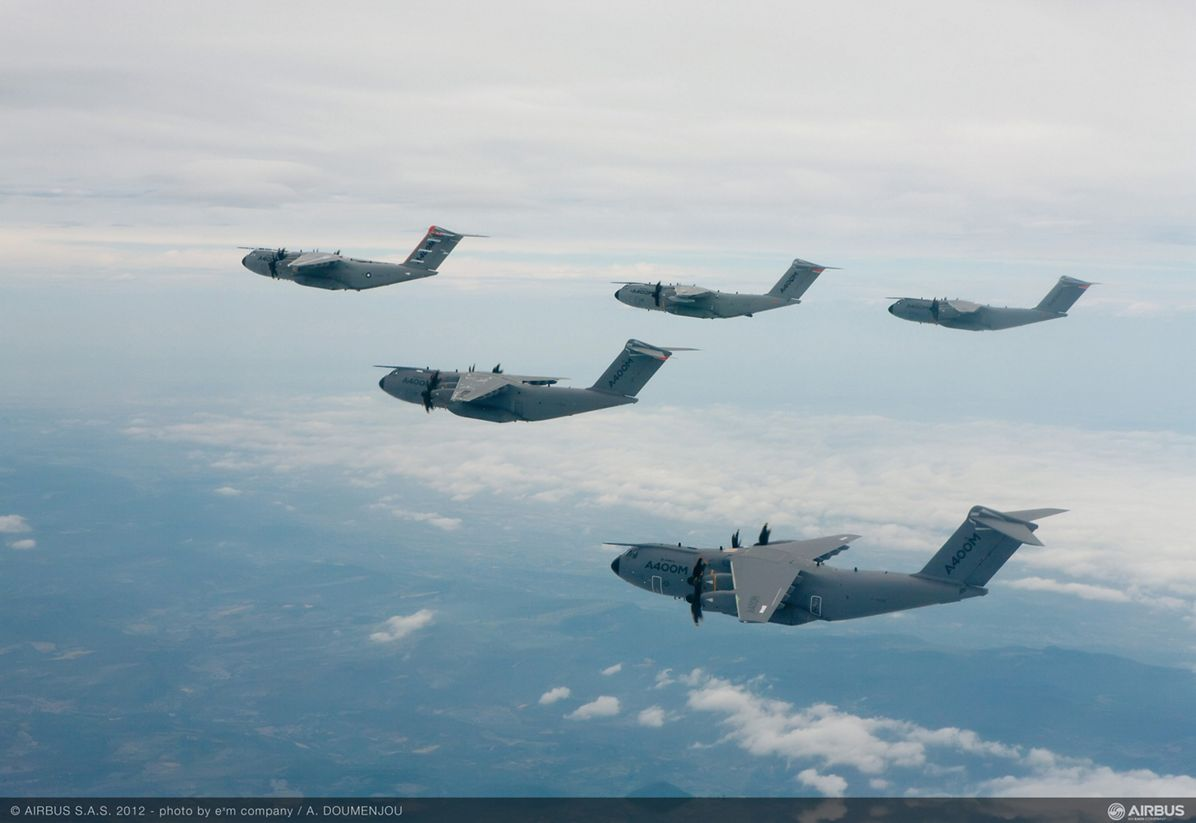 A400M-formation-flight-2-Jun2012