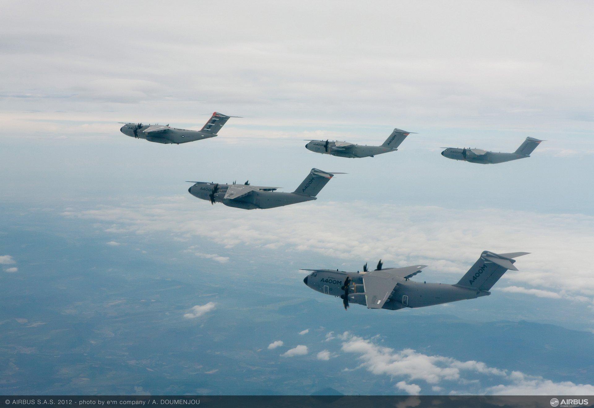 A400M-formation-flight-2-Jun2012