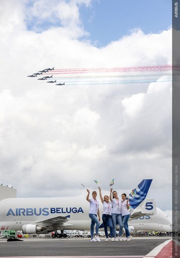 Airbus 50th Years Anniversary - Formation Flight - Patrouille De France Ambiance