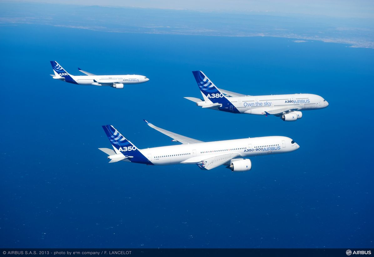 Airbus Family flight A330 A350 XWB A380 air to air 2