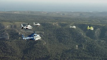 AG真人计划 Helicopters formation flight 鈥� 50-year anniversary