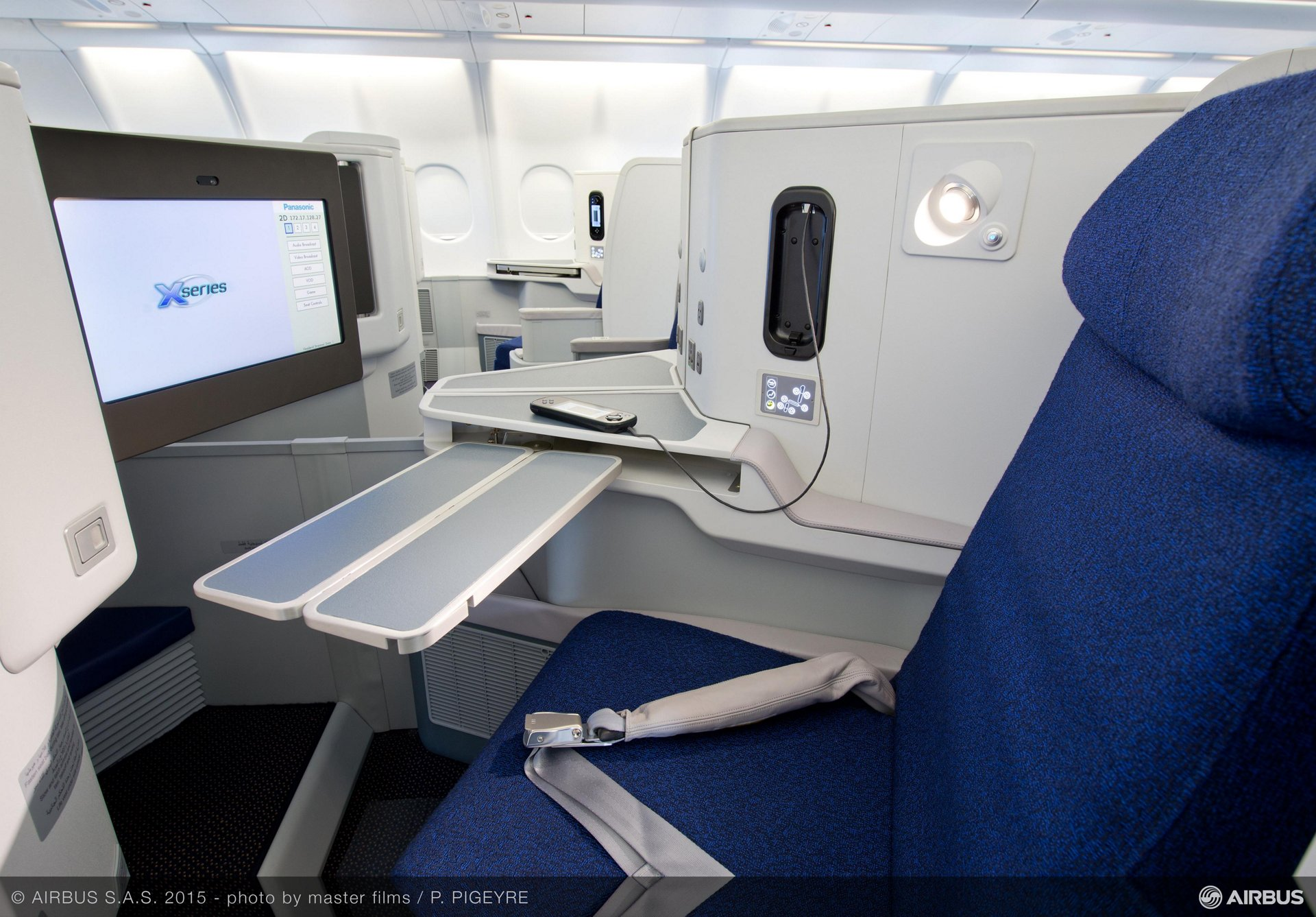 The completely redesigned cabin for Air Algérie A330-200 aircraft comfortably accommodates 18 passengers in business class, 14 in premium economy and 219 in economy class