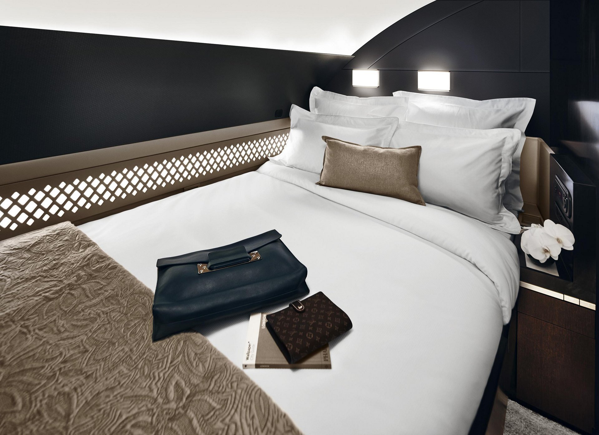A380 Etihad The Residence bedroom