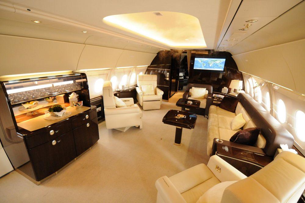ACJ318 Cabin AJA