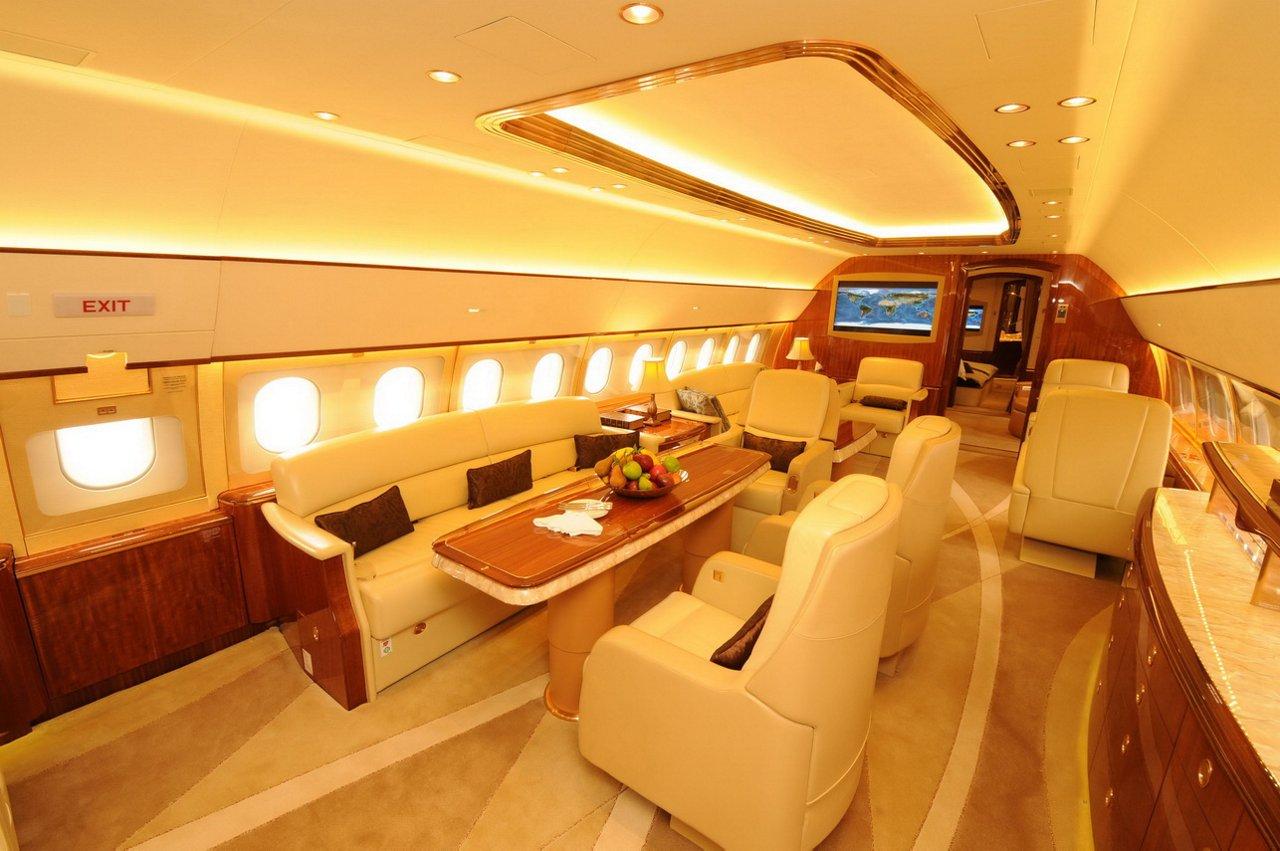 ACJ319 Comlux main cabin