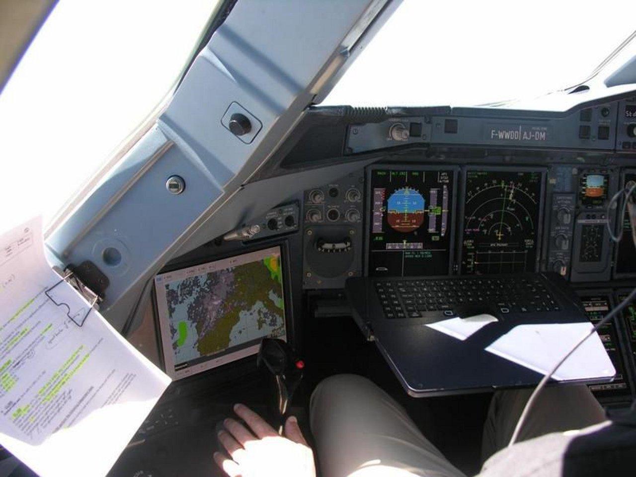 Airbus-facetime-for-pilots-1