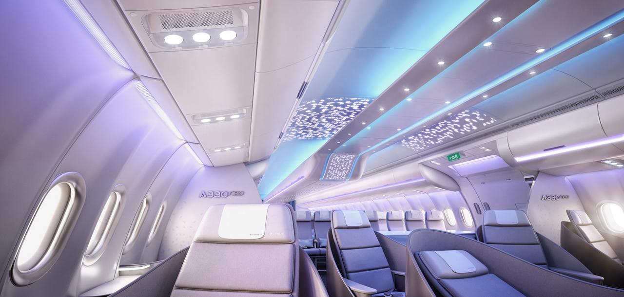 以空域配备客舱的A330-800飞机为例