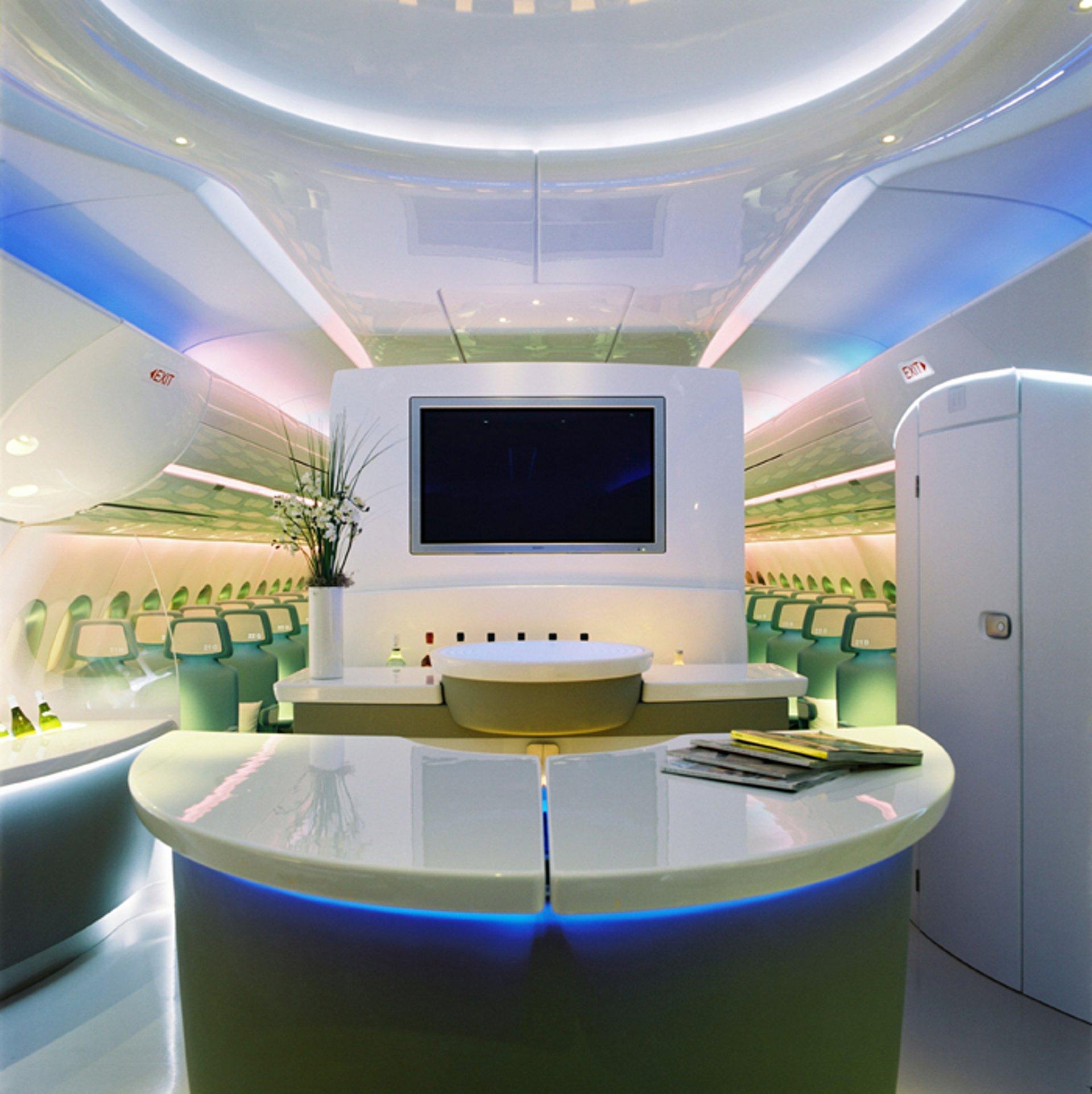 a350 cabin general view tvscreen bar ecoclass