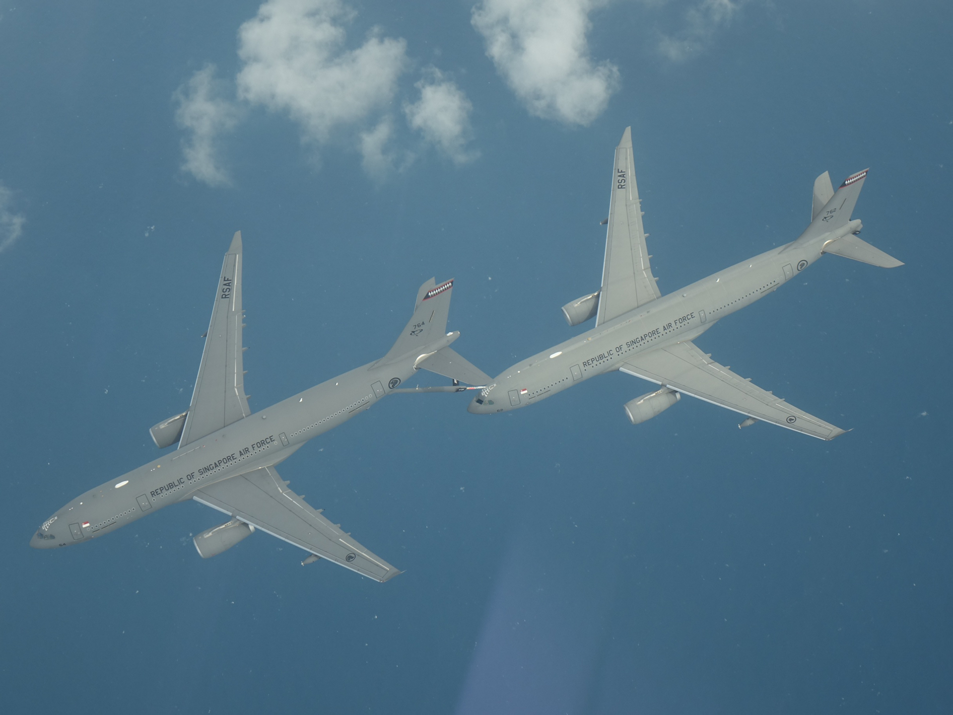Two RSAF A330MRTTs during trials in Singapore - Copyright MINDEF