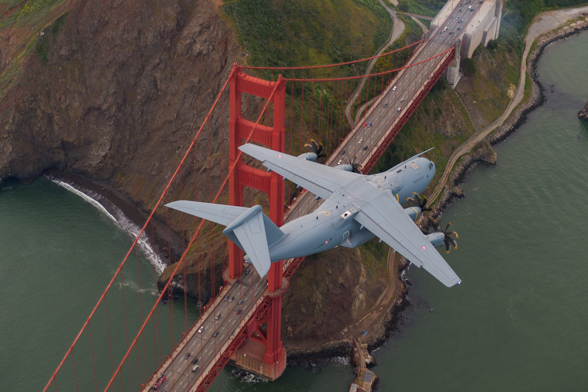 A400M Flying over Golden Gate bridge - San Francisco
