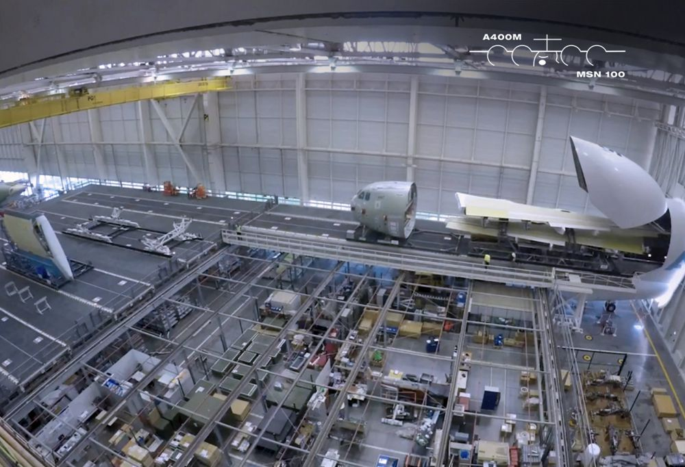 How The A400M Is Built: the wings arrive