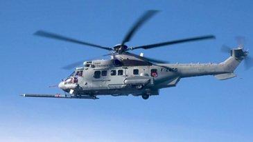 A400M直升机空中加油-视频片段