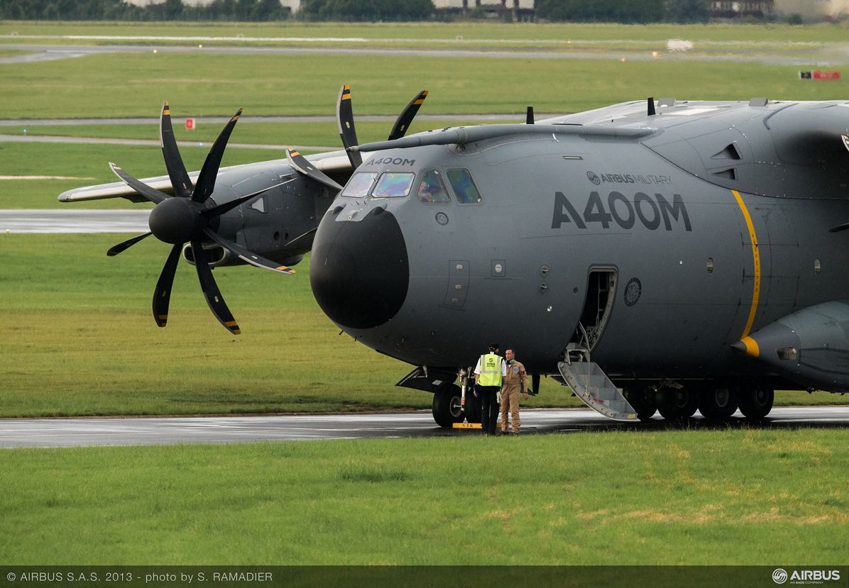 A400M arrival bourget 2013