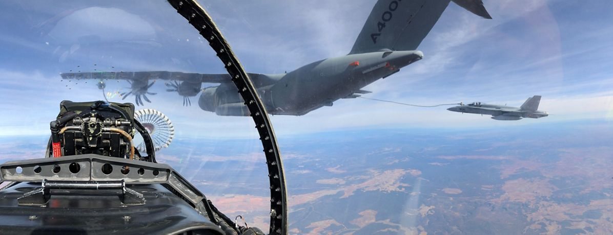 A400M refuels six F-18 fighters in one flight