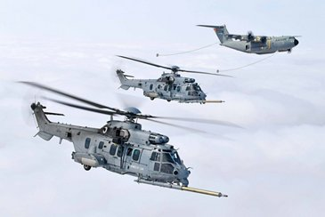 Airbus A400M successfully conducts major helicopter refuelling certification campaign