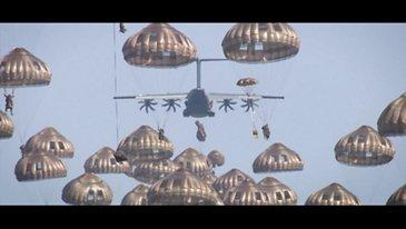 A400M  - 同时部署80个伞兵
