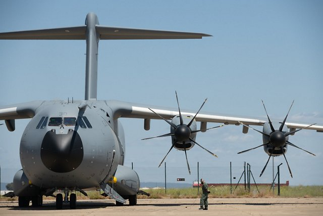 The strategic use of specialised aircraft and helicopters supports disaster response.