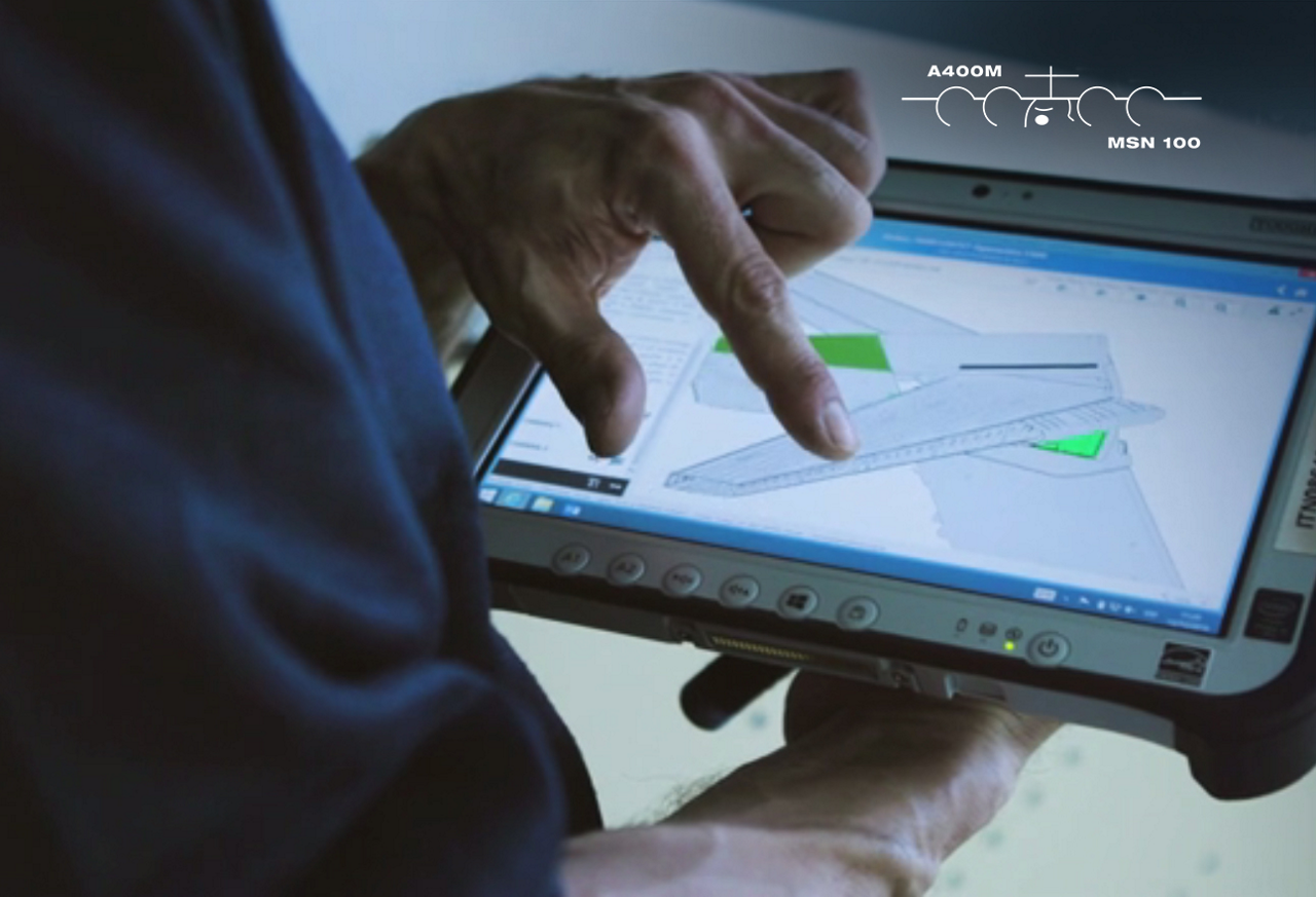 The A400M MSN 100's assembly continues at Station 50 in the Airbus final assembly facility in Seville, Spain, including alignment of the horizontal and vertical tailplanes using such digital tools as tablets and the performance tracker to organise the daily tasks and ensure high quality.
