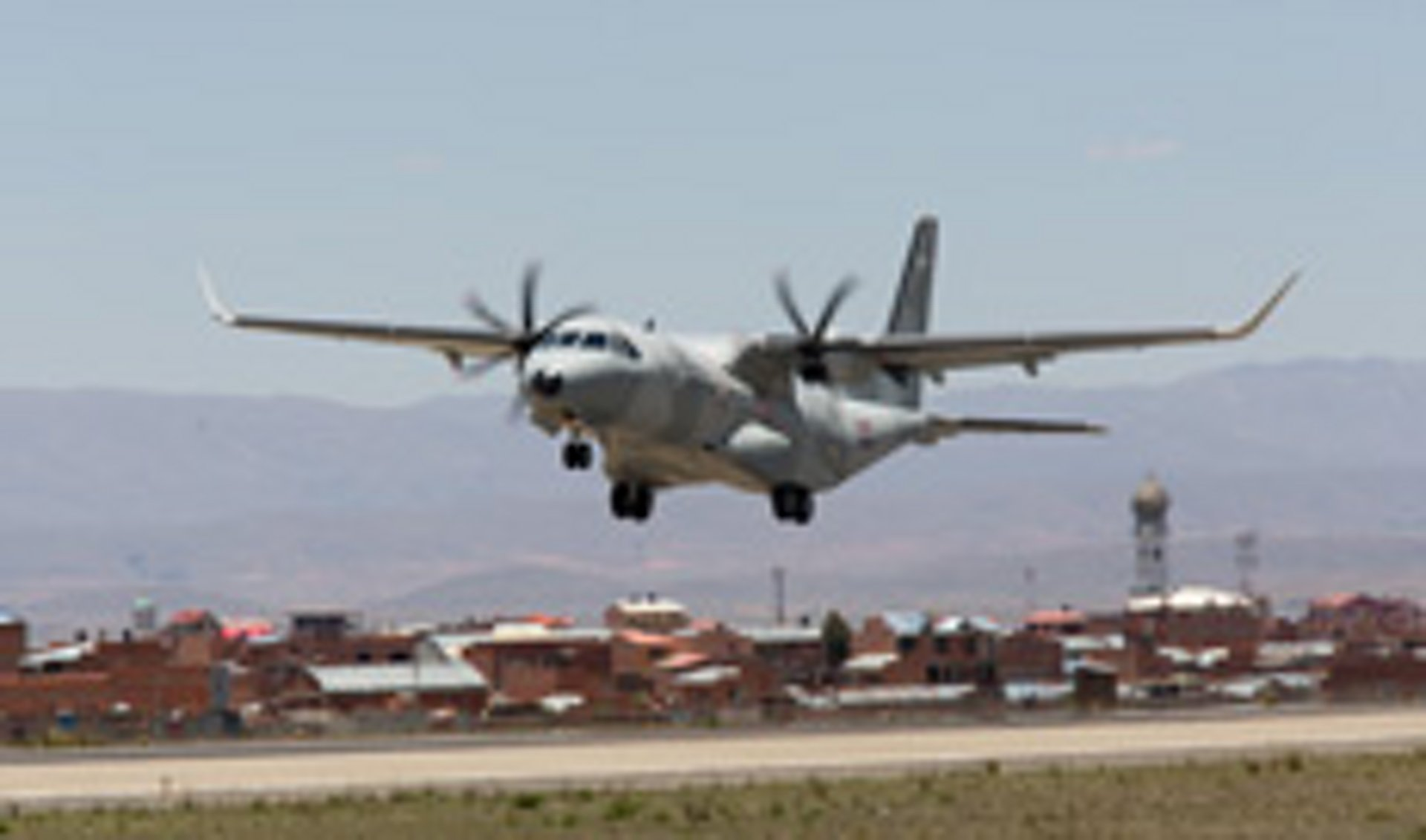 C295W at La Paz, Bolivia