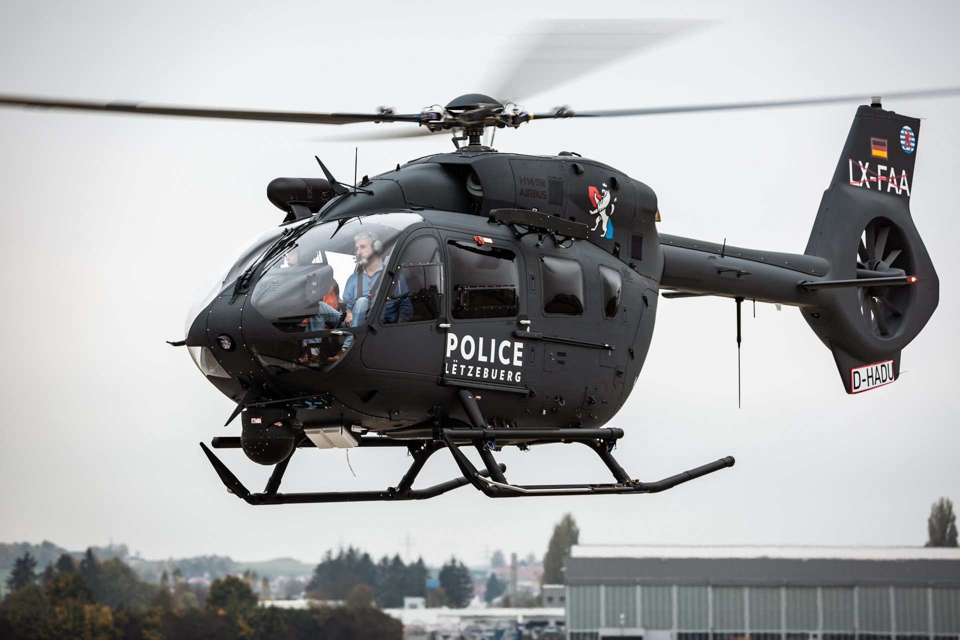 AG真人计划 Helicopters delivers first H145M to Luxembourg