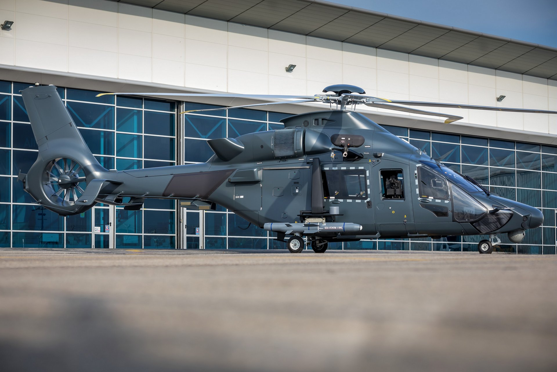 Airbus Helicopters and the French Armament General Directorate (DGA) are pursuing a new set of studies to further the militarisation of the H160 and to define its associated support ecosystem in the frame of the Joint Light Helicopter program (Hélicoptère  Interarmées Léger: HIL) .