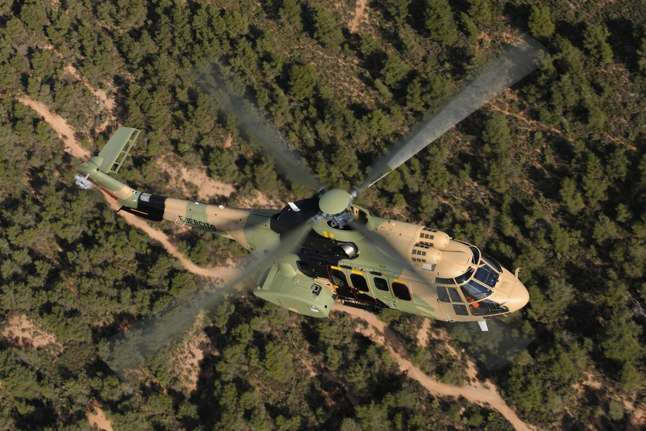Airbus Helicopters and IAR sign an exclusive agreement for the H215M in Romania