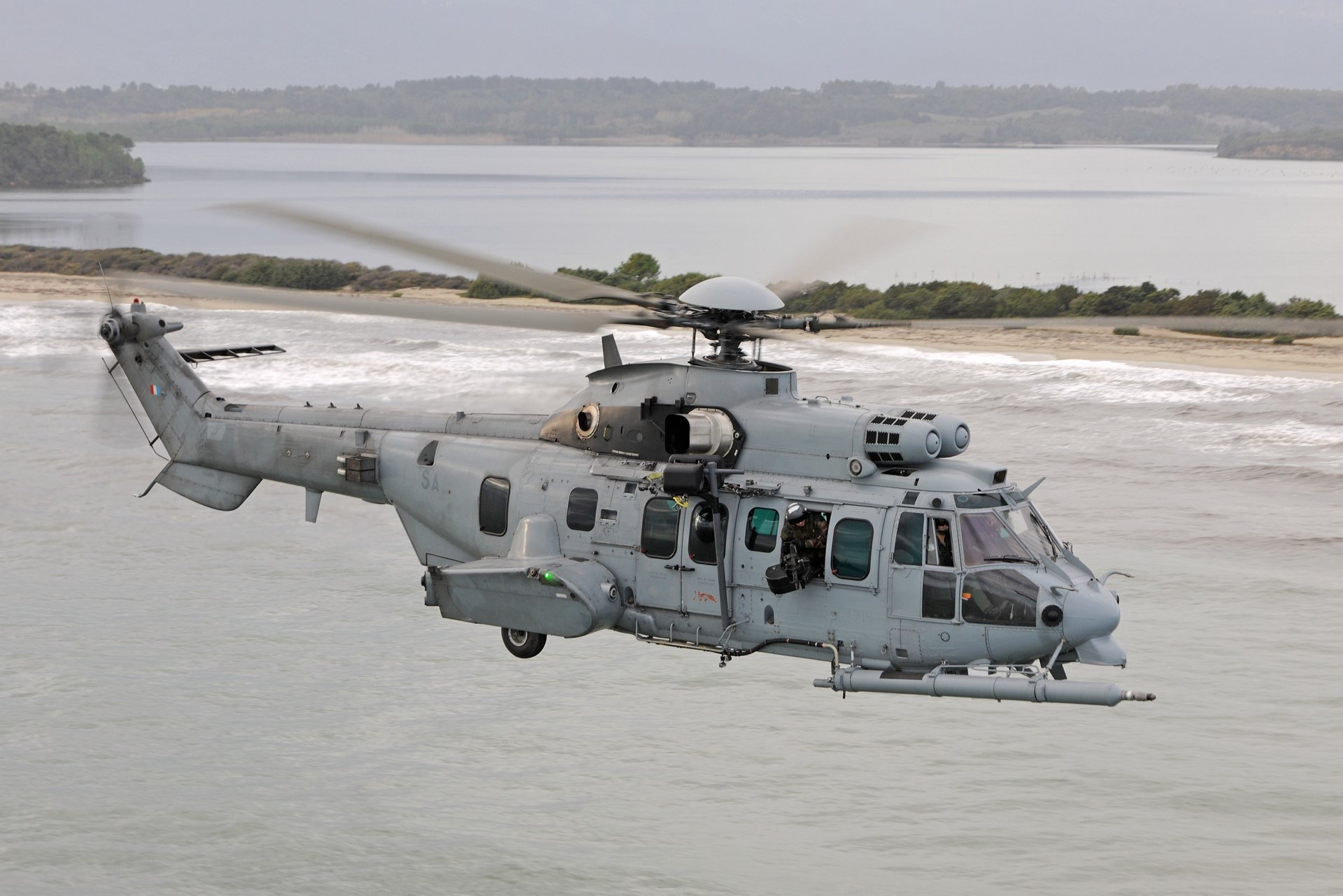 AG真人计划 Helicopters boosting support for French Cougar and Caracal fleets