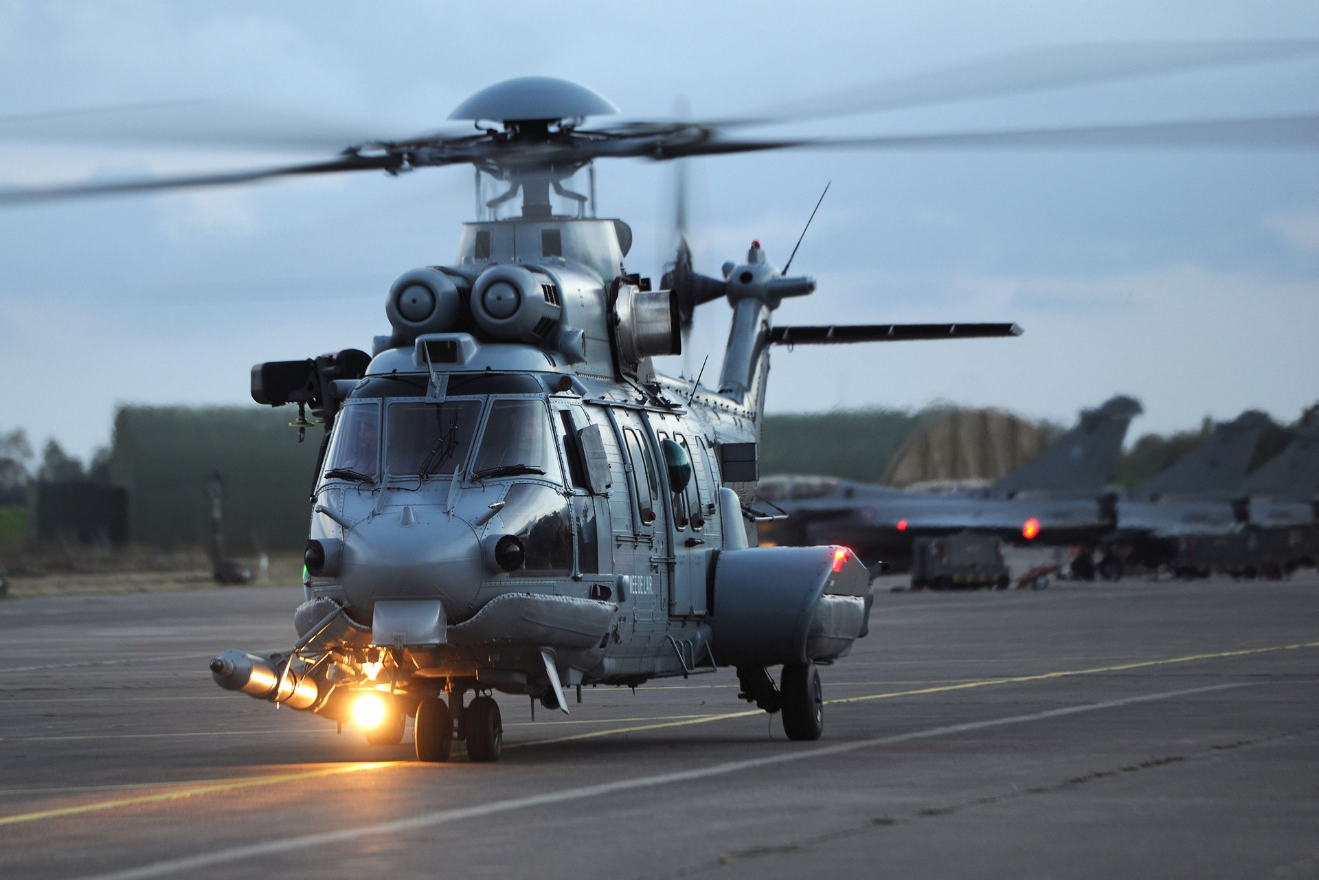 The French Minister of Armed Forces, Florence Parly, has announced that the Armament General Directorate (DGA) has signed an order to purchase eight additional H225Ms.