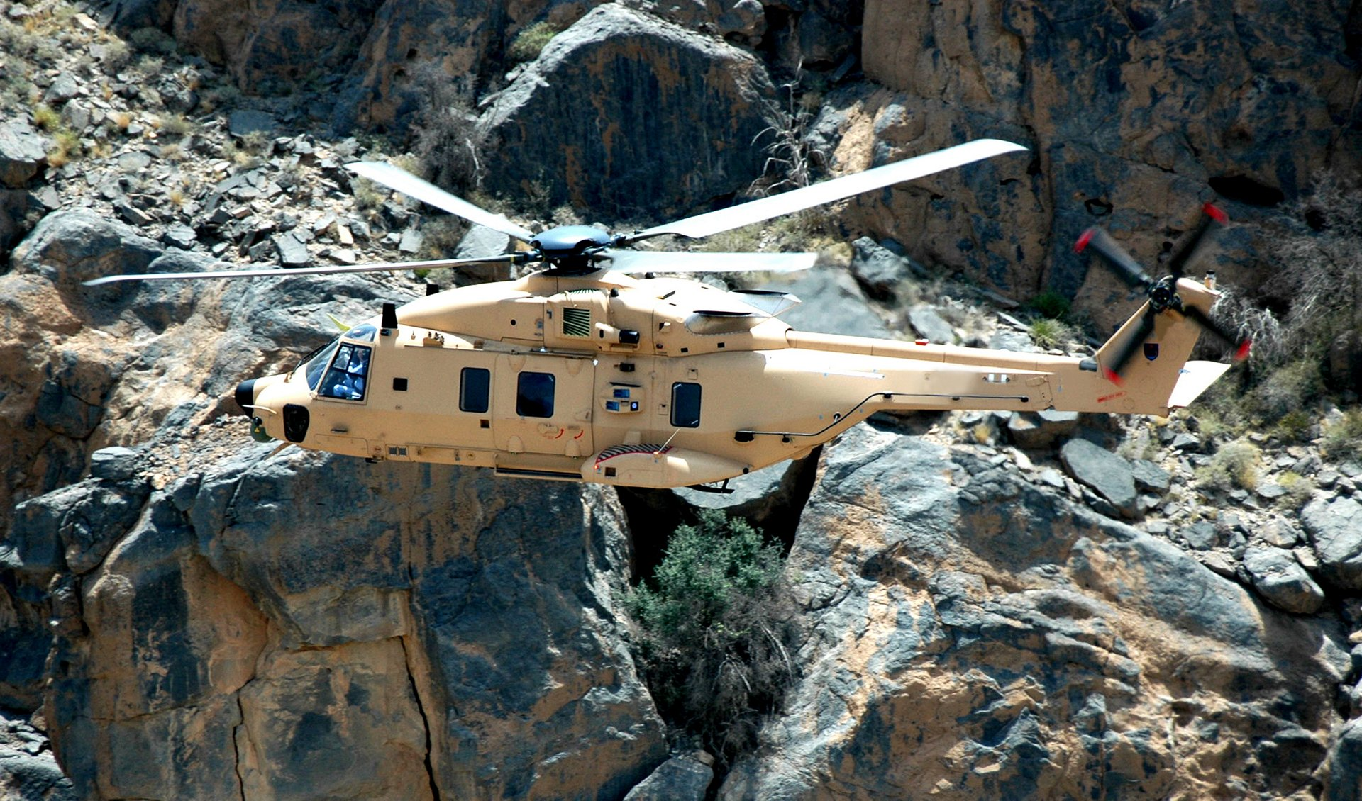 Qatar has signed a contract for the purchase of 28 NH90 military helicopters