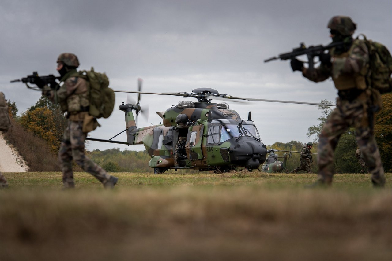 The NATO standard helicopters