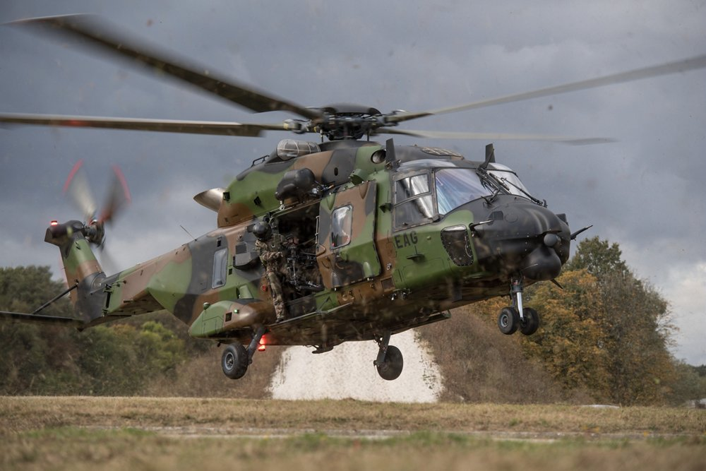 NH90 TTH Présentation IHEDN 2016 de l'Armée de Terre, Base militaire de Satory-Versailles (78) les 18 et 19 octobre 2016.
