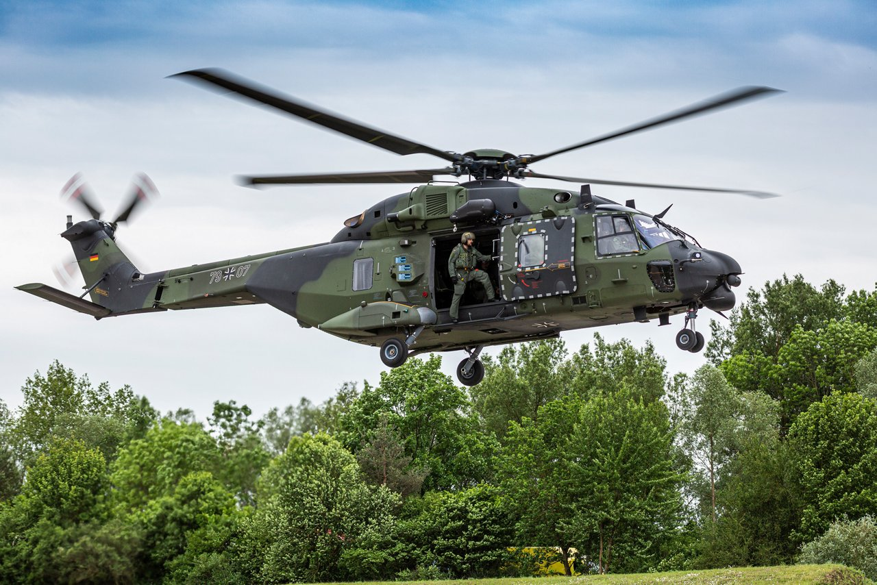 Airbus Helicopters as prime contractor will work together with Dresden-based Elbe Flugzeugwerke to maintain the German Armed Forces' (Bundeswehr's) NH90 fleet.