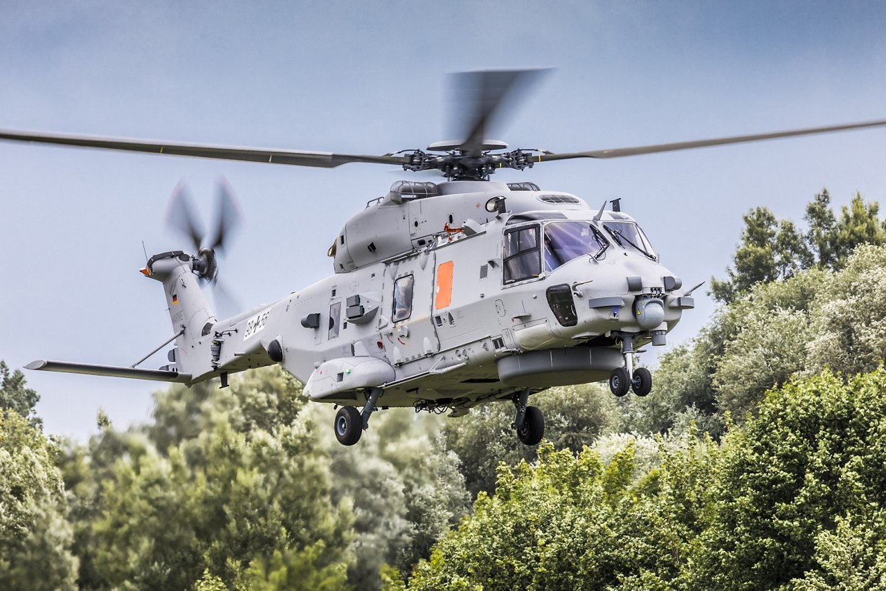 The second prototype of the NH90 Sea Lion landing after a test flight before delivering a final version to the Germain Navy