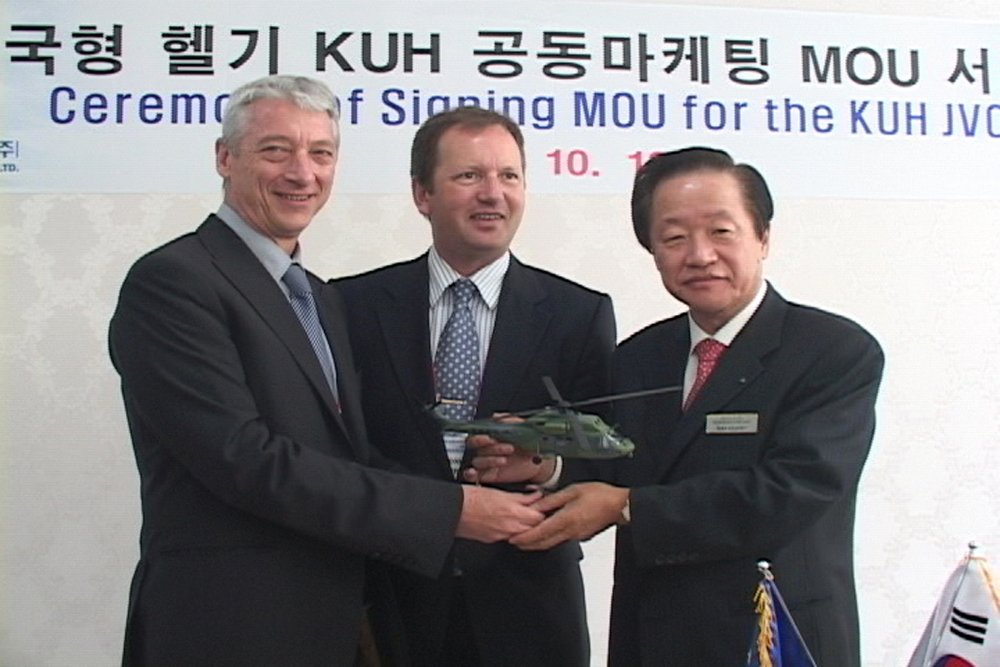 Korea Aerospace Industries and Eurocopter (later re-designated Airbus Helicopters) mark the 2007 memorandum of understanding that reinforced these companies' industrial cooperation.